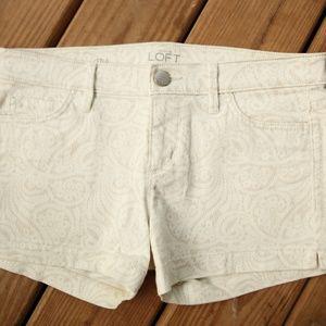 LOFT white patterned shorts